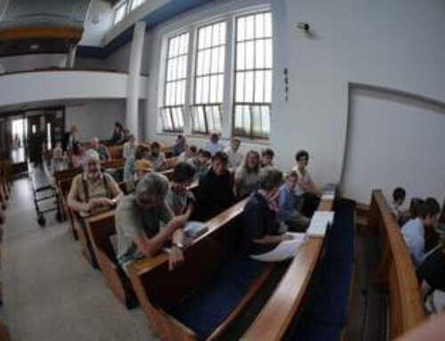 Bohoslužby aživot sboru acírkve